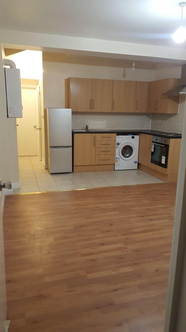 Ground Floor 2 Bed Flat WORTLEY ROAD, CROYDON, CRO 3EB